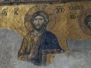 Eine Darstellung von Jesus in der Hagia Sophia. Im Osmanischen Reich wurde die Heilige Sophia als Moschee benutzt und alle Mosaike glücklicherweise übermalt. Das hat den unglaublichen künstlerischen Reichtum bewahrt.