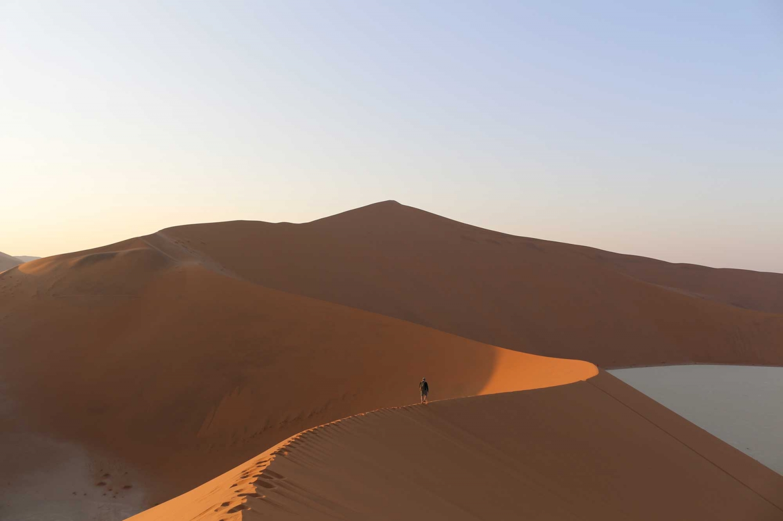 Kurz nach Sonnenaufgang in Sossusvlei